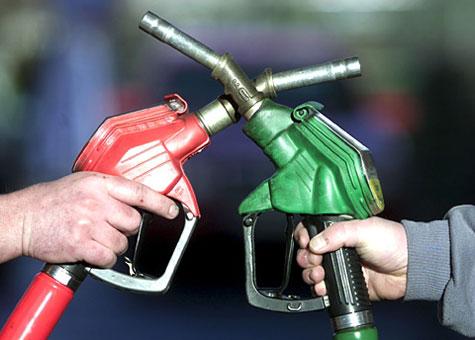 Πόσα βενζινάδικα θα είναι ανοικτά στο νομό τις νυχτερινές ώρες, τις Κυριακές και τις αργίες.