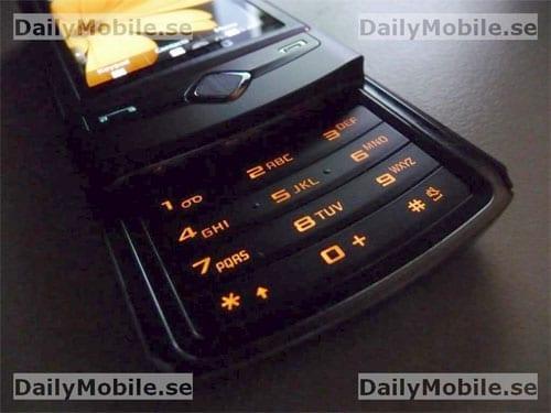 Samsung S8300 - 2