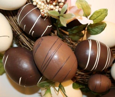 Πασχαλινά σοκολατένια αυγά