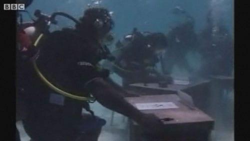 Υποβρύχιο υπουργικό συμβούλιο στις Μαλβίδες