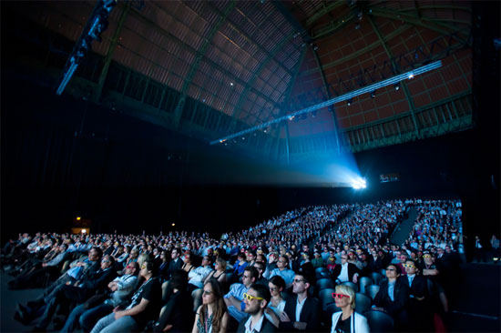 LG Cinema 3D προβολή της ταινίας Rio στο Παρίσι