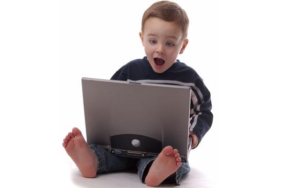 Τριπλάσιο χρόνο αφιερώνουν τα παιδιά στην οθόνη σε σχέση με τα βιβλία