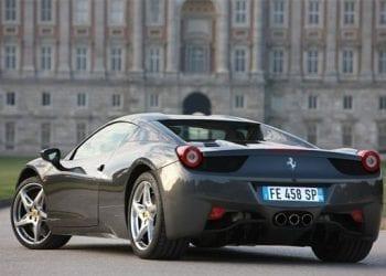Φτιάξε τη δική σου Ferrari!