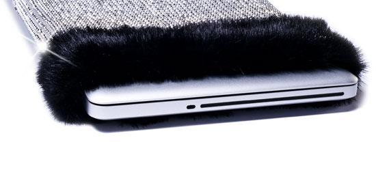 Αυτή είναι η πιο ακριβή θήκη για laptop στον κόσμο [11 εκατ. δολάρια!]