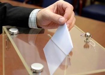 Το eBay κατέβασε αγγελία πώλησης ψήφου στις προσεχείς εκλογές!