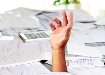 Νέος φόρος σε ιδιοκτήτες ακινήτων και ελεύθερους επαγγελματίες