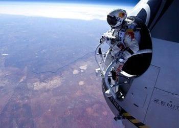 Η διαστημική βουτιά του Φέλιξ με το... διαστημικό κόστος!