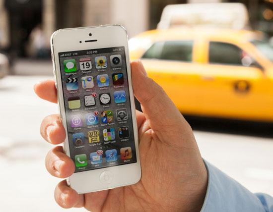 iPhone 5 προπαραγγελία