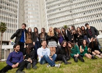 Απονεμήθηκαν οι υποτροφίες ΟΤΕ - Cosmote για το ακαδημαϊκό έτος 2012-2013