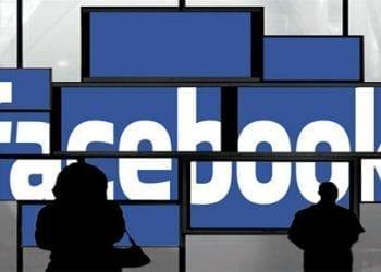Facebook Hide Ticker