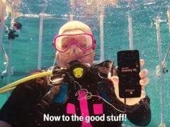 Samsung Galaxy S8 Underwater Unboxing