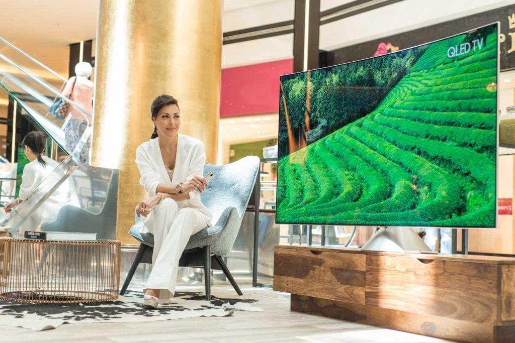 Samsung QLED TV @ Golden Hall (1)