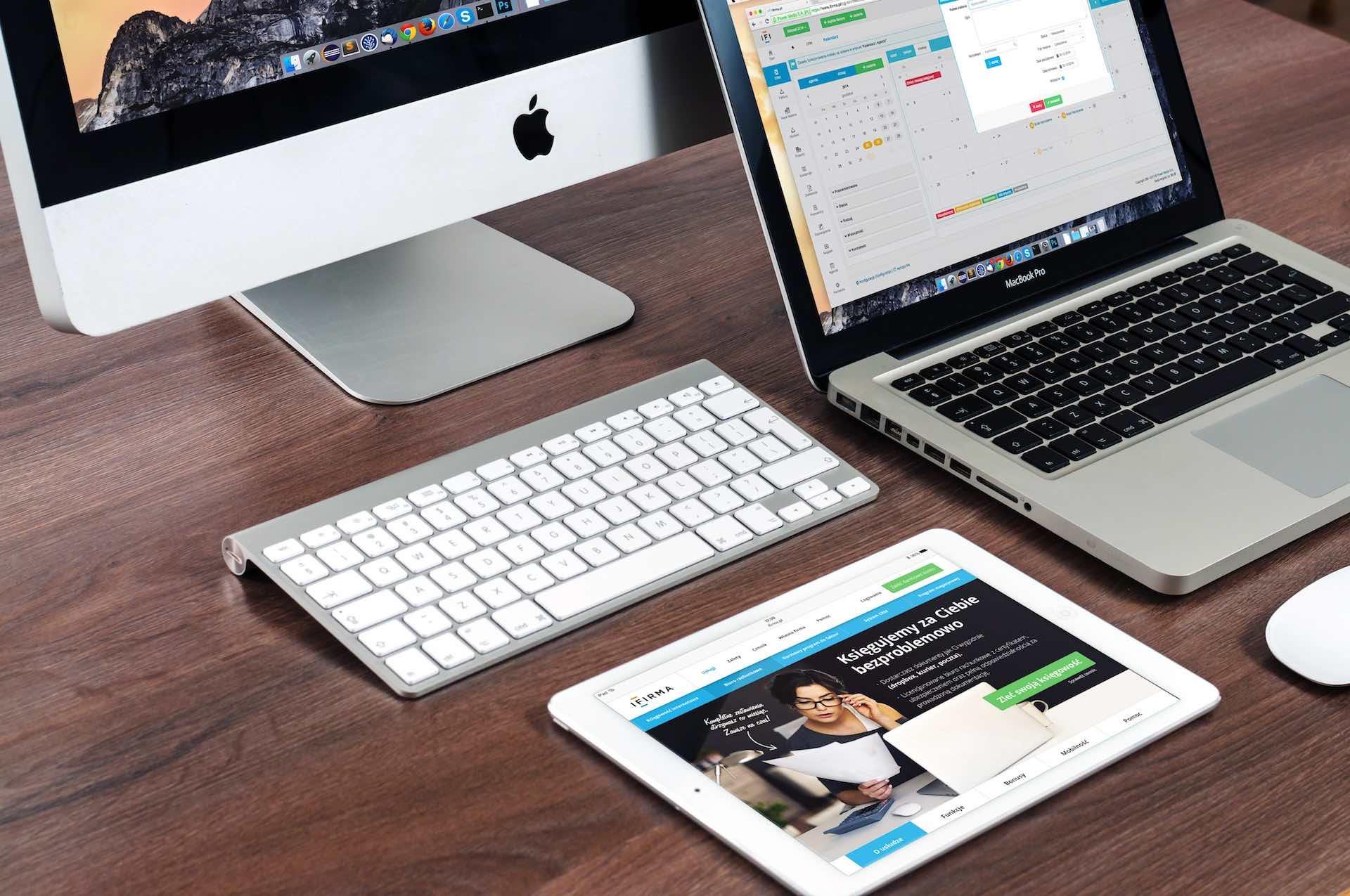 Apple iMac MacBook Pro iPad