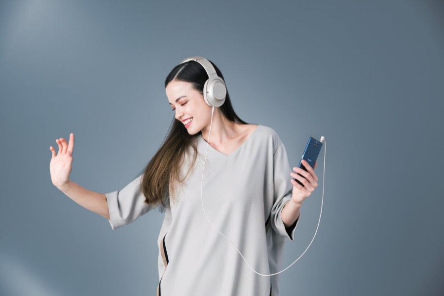 Sony Xperia 10 Lifestyle Listening