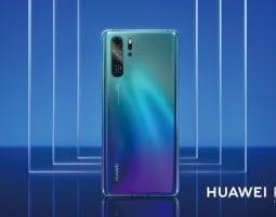 Huawei P30 Pro Lifestyle Color Horizontal Aurora