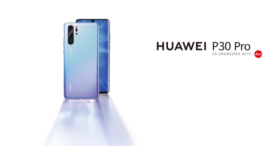 Huawei P30 Pro Lifestyle Light Horizontal Skyblue