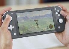 Nintendo Switch Lite 4