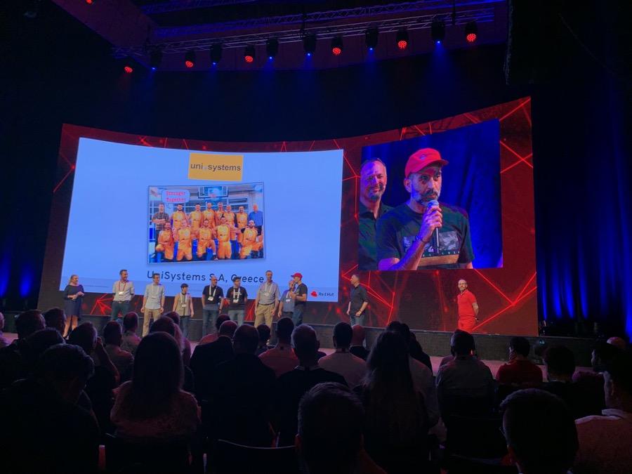 Red Hat Uni Systems 2019 distinctionb