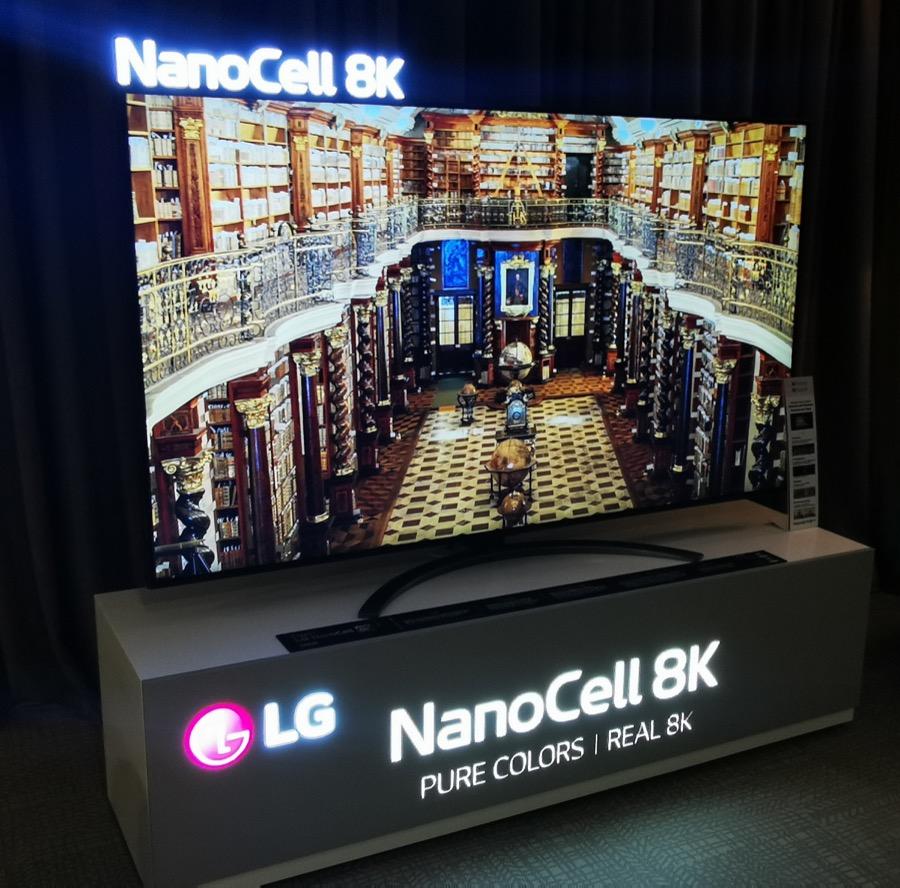 LG NanoCell 8K HXOS EIKONA SHOW 2020 2